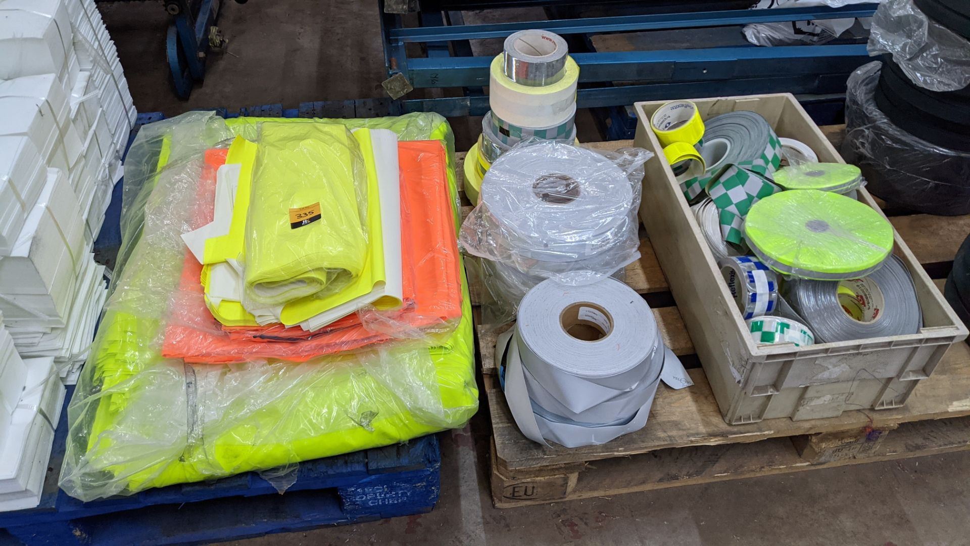 Quantity of hi-vis & reflective fabric & trim comprising 1 stack of fabric, 1 row of reels & the con - Image 4 of 9