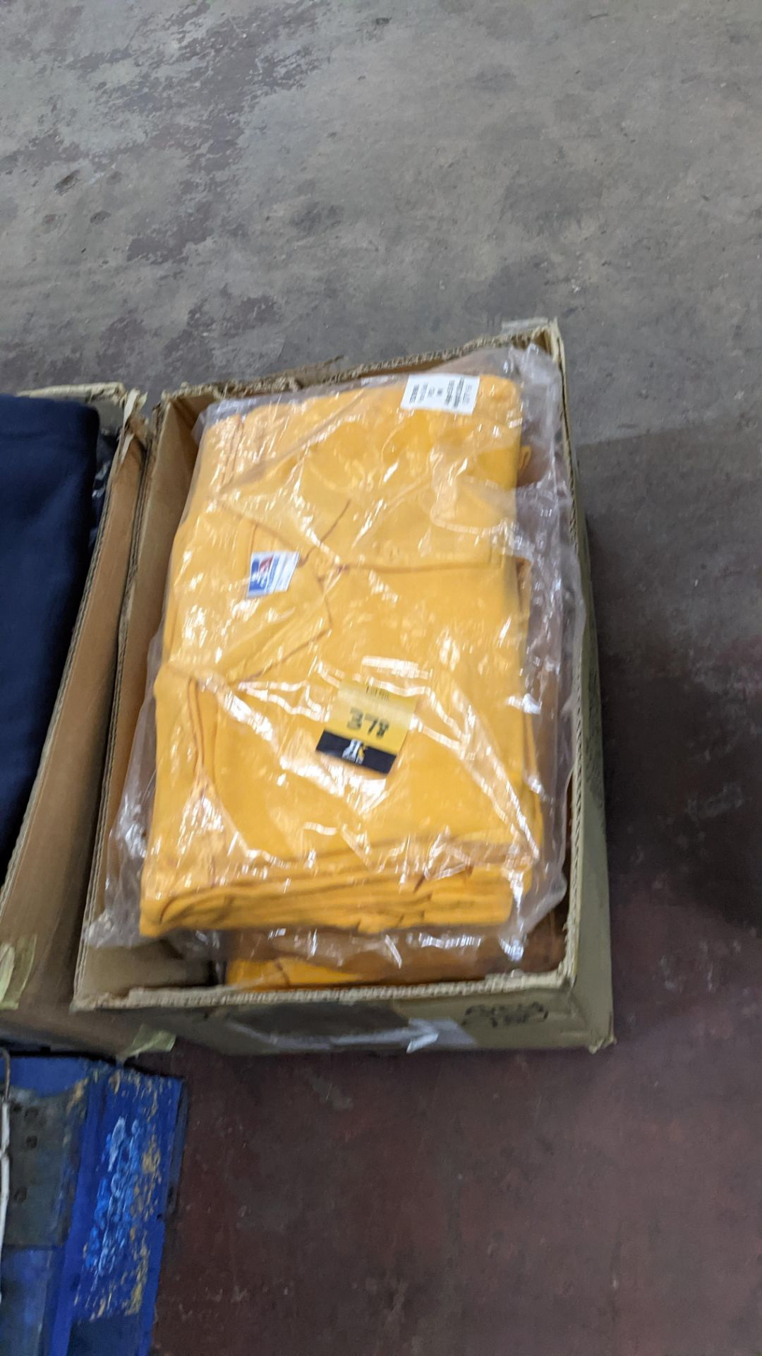 Approx 40 off Russell children's yellow polo shirts - Image 5 of 5
