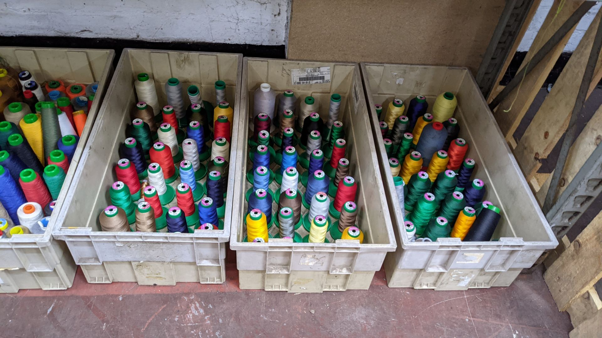 The contents of 4 large crates of assorted thread - Image 6 of 7