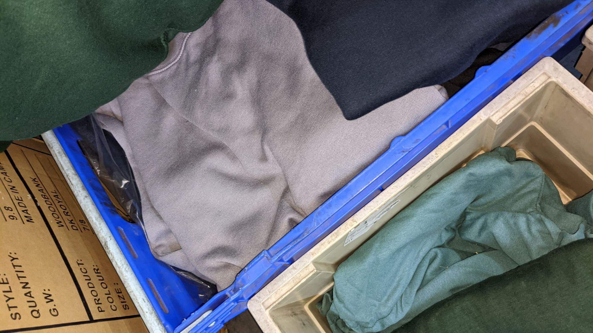 Quantity of assorted colour sweatshirts - Image 5 of 5