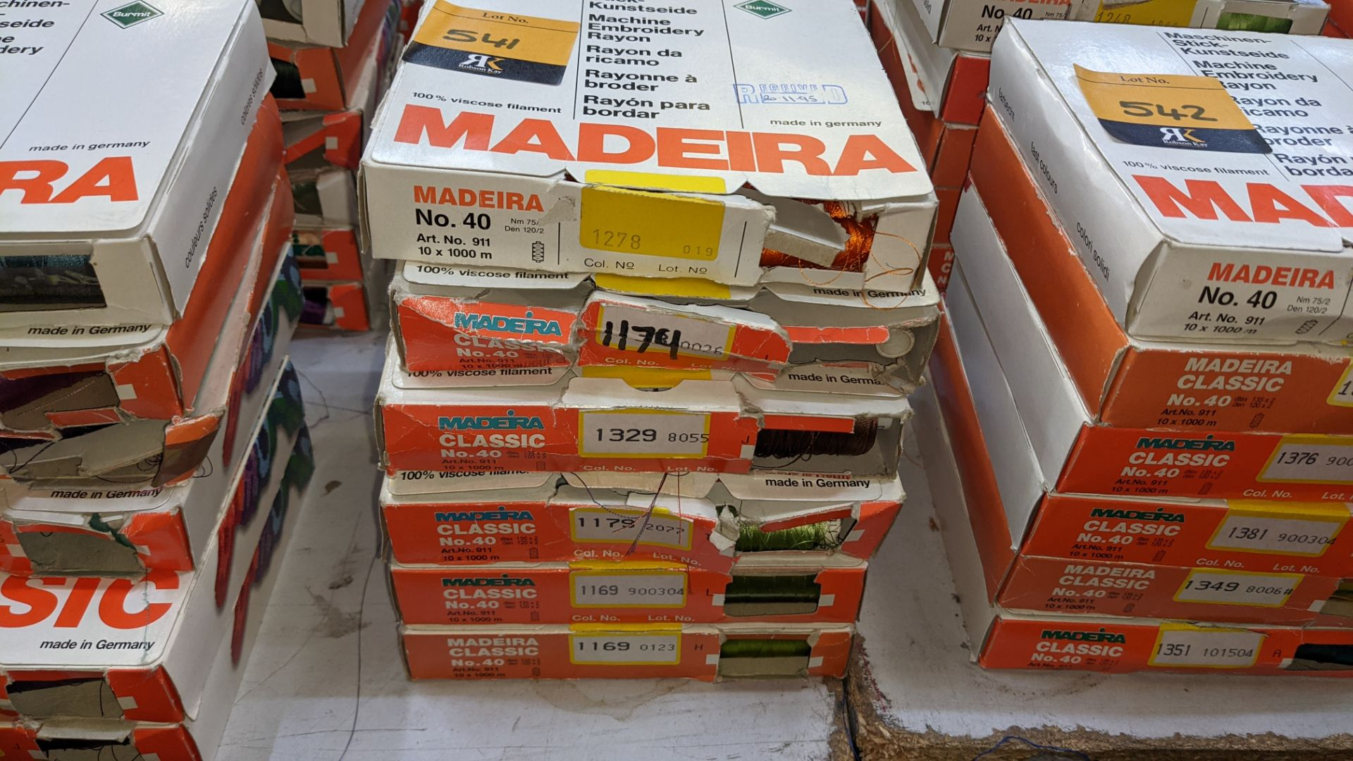 30 boxes of Madeira Classic No. 40 rayon embroidery thread - Image 3 of 12