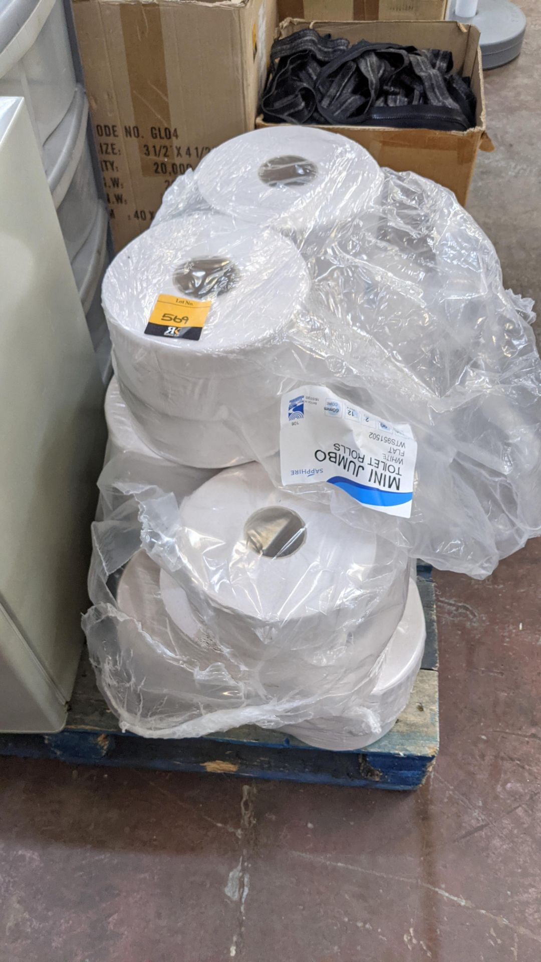Quantity of white mini jumbo toilet rolls - Image 3 of 4