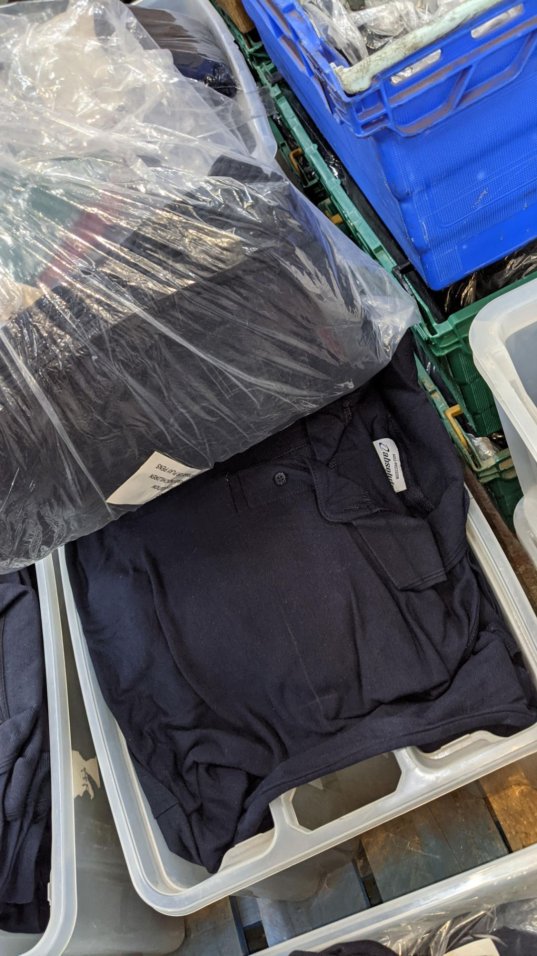 The contents of a crate of navy polo shirts. NB crate excluded - Image 5 of 5