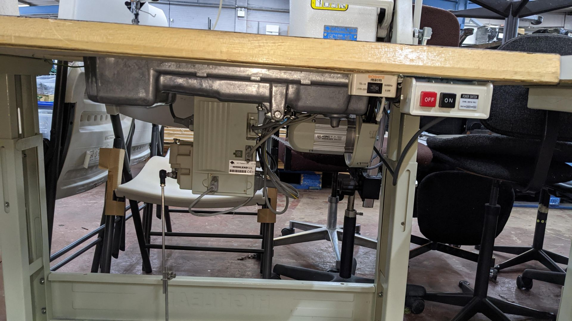 Highlead model GC188-MD sewing machine with model F-10 digital controller - Image 16 of 16