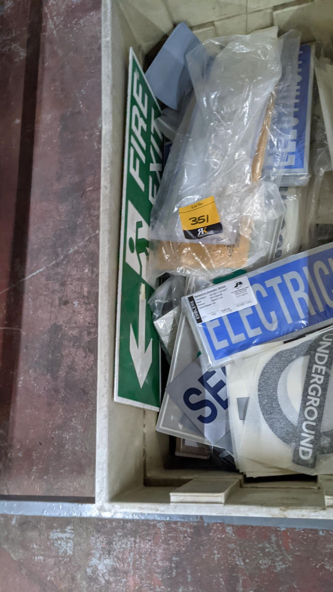 The contents of a crate of assorted patches, signage & transfers. NB crate excluded - Image 4 of 5