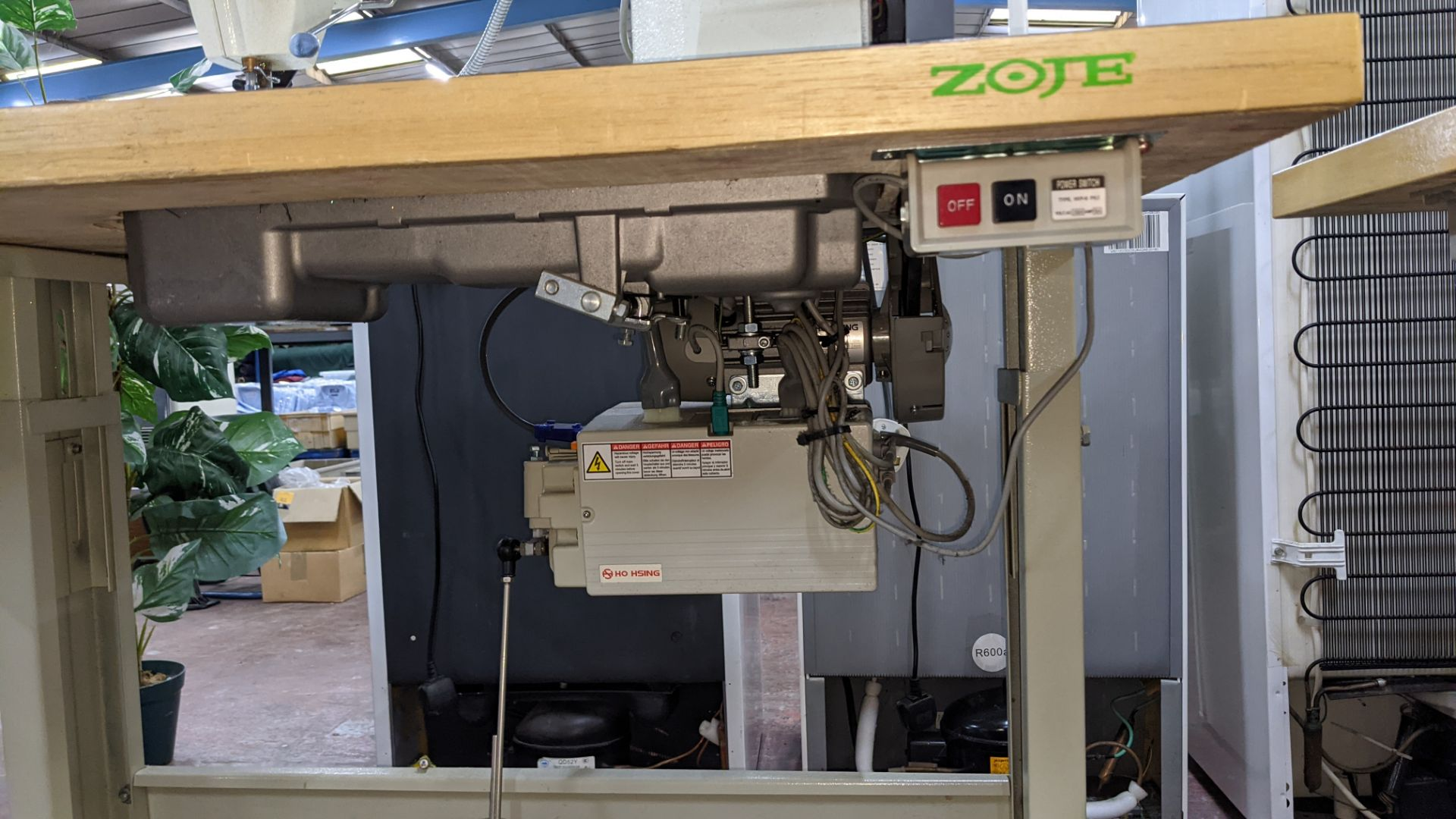 Zoje model ZJ8800A-D3/PF sewing machine with model C-200 digital controller - Image 14 of 15
