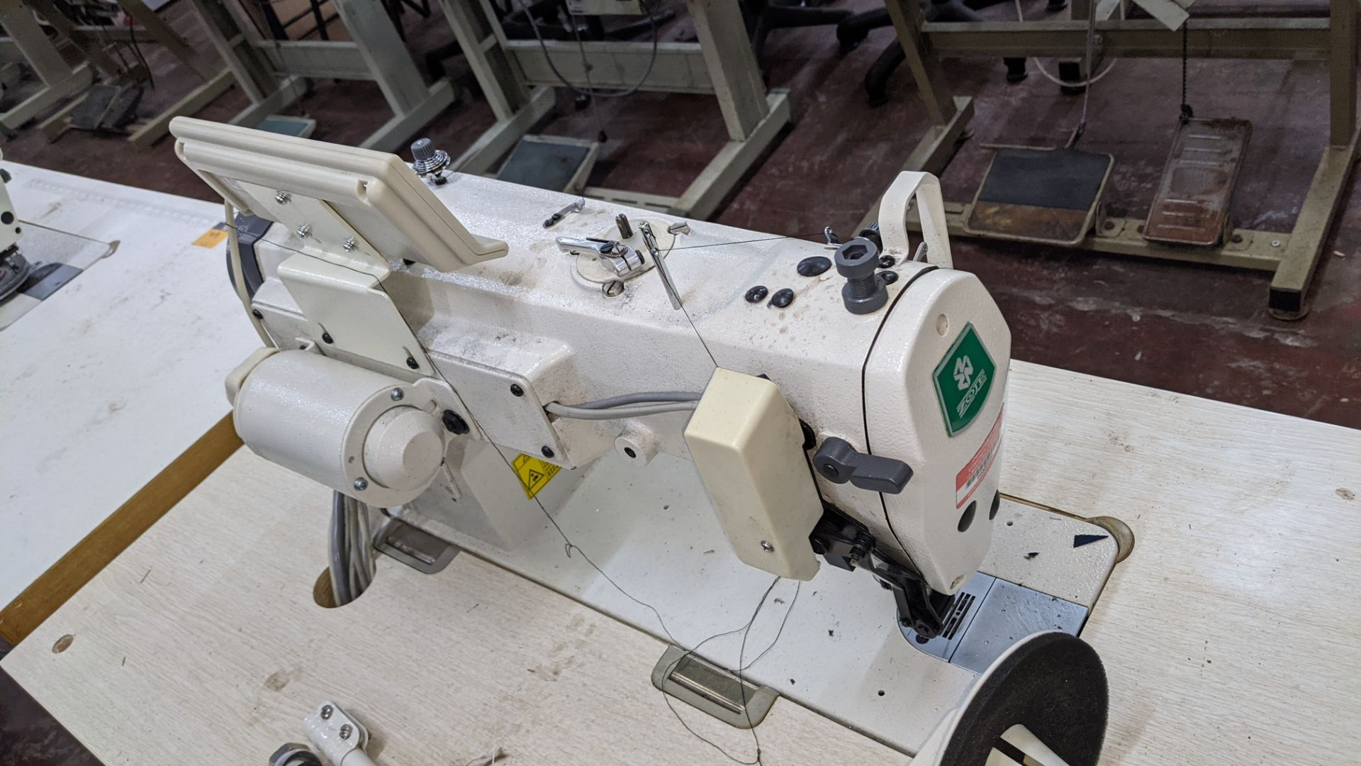 Zoje model ZJ9800A-D3B/PF sewing machine with WR-501 controller - Image 13 of 17