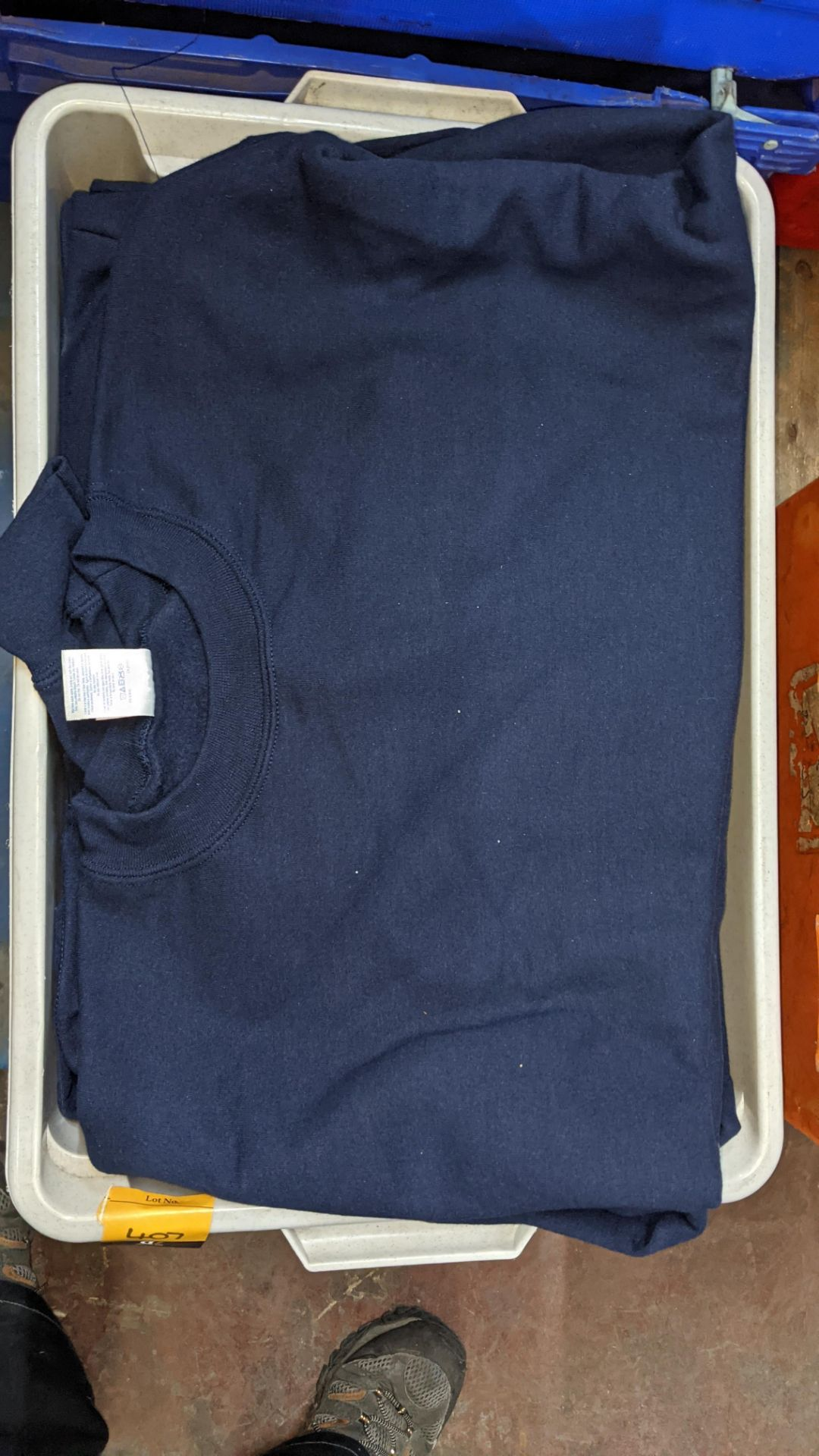 Quantity of blue sweatshirts - Image 3 of 6