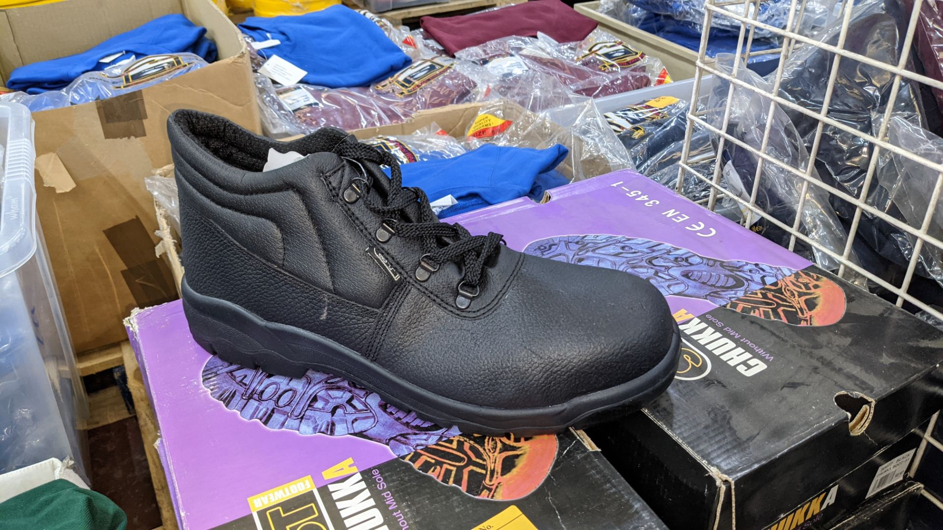 6 pairs of Chukka protective work boots - Image 4 of 6