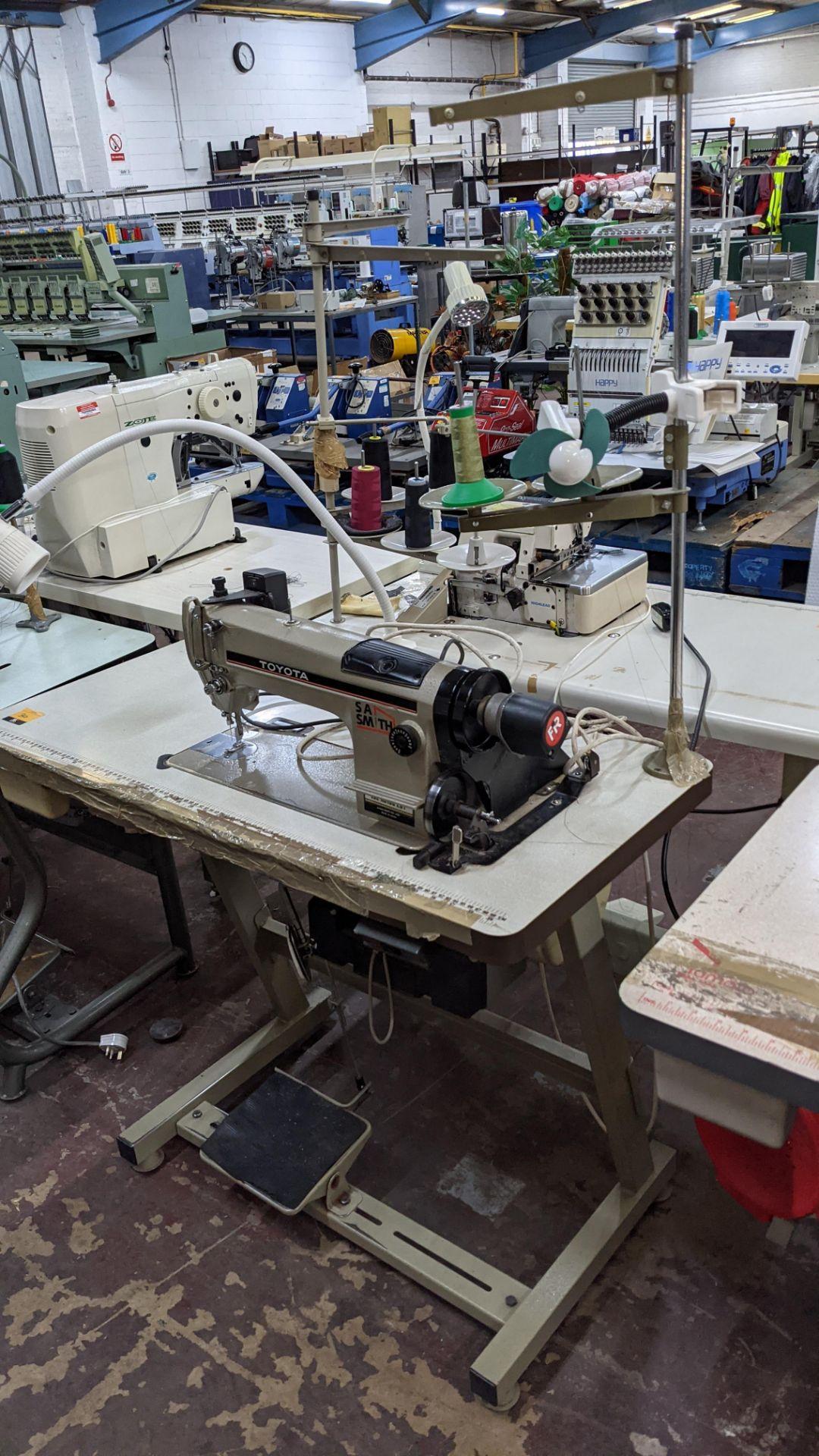 Toyota sewing machine - Image 3 of 17
