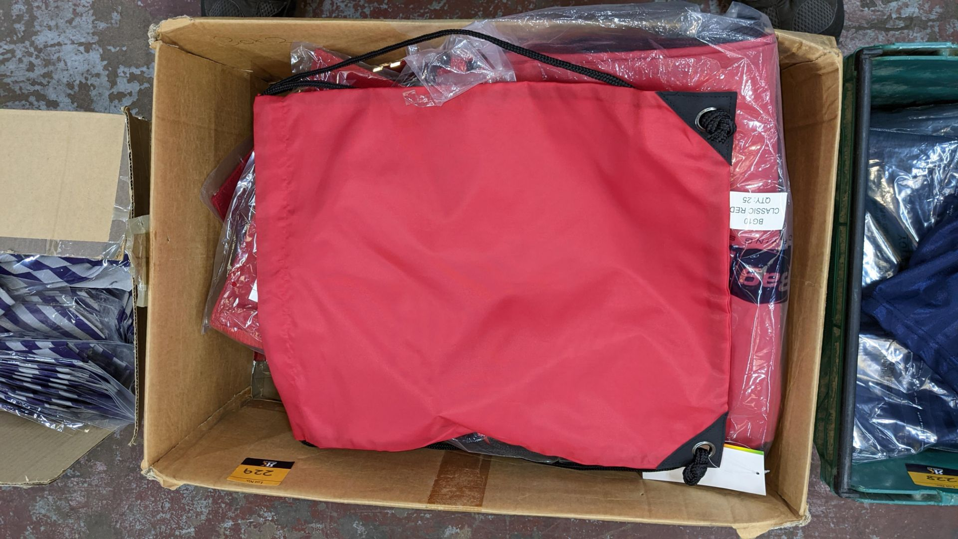 Approx 30 off Quadra school bags in red & blue with silver stripes - Image 4 of 4