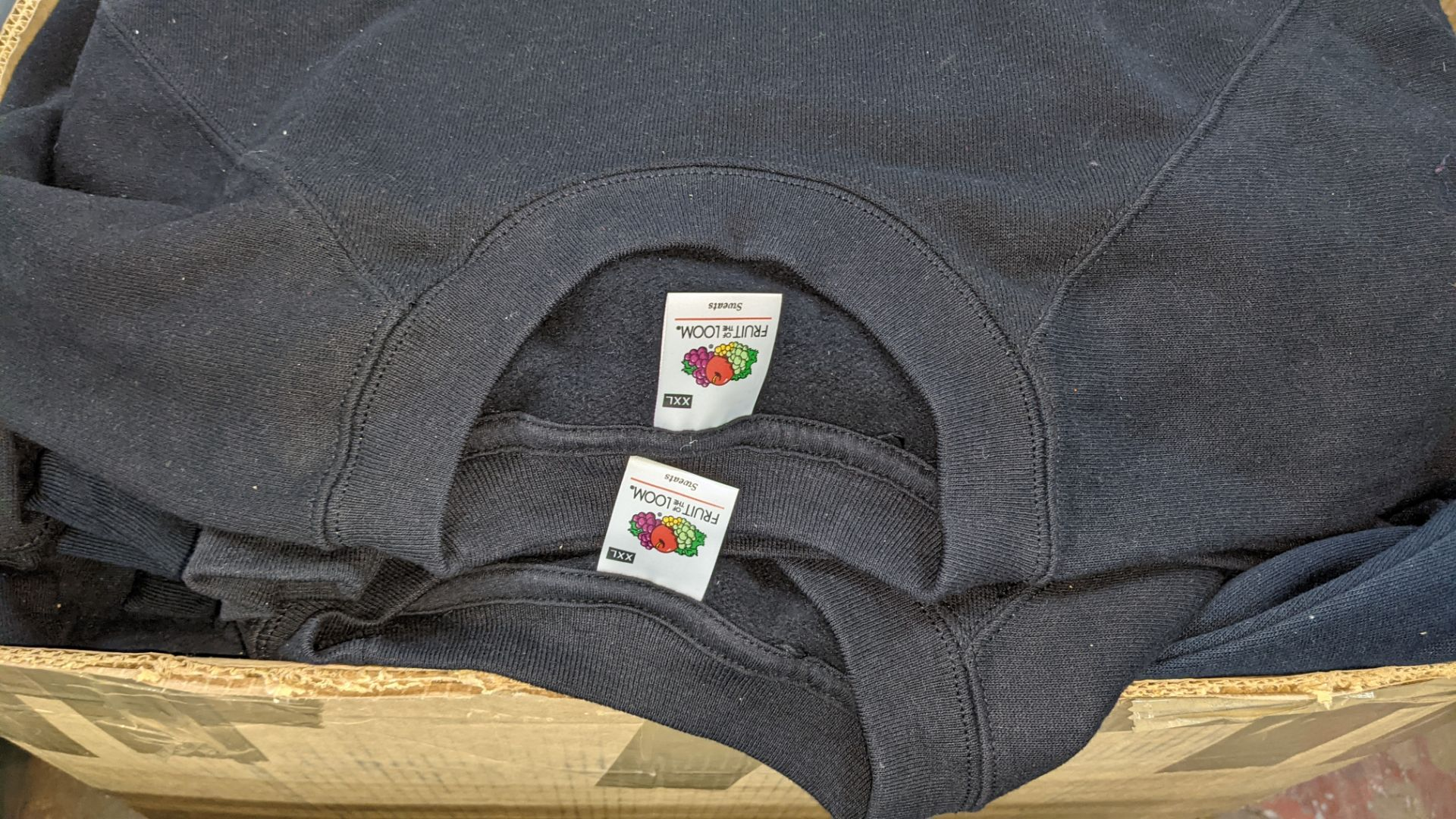 Quantity of black sweatshirts - 1 large box - Image 4 of 4