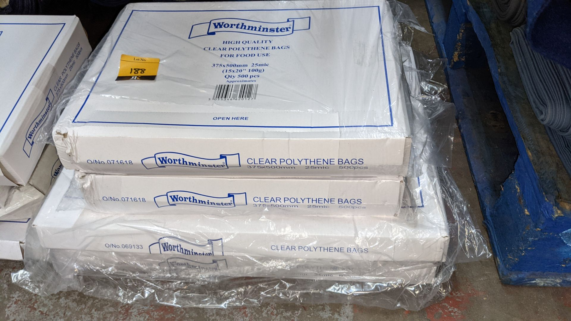4 boxes of clear food bags by Worthminster