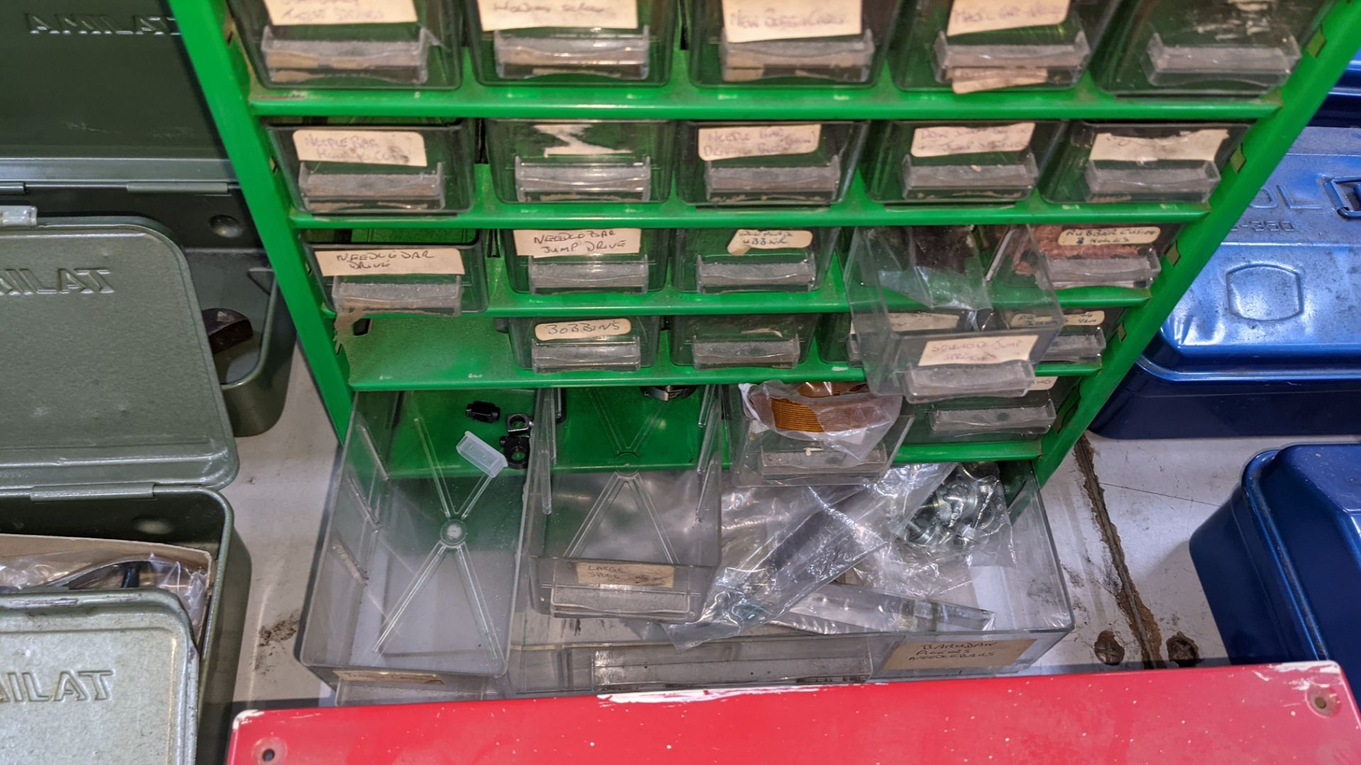4 off mini cabinets & their contents of machinery parts & spares - Image 9 of 12