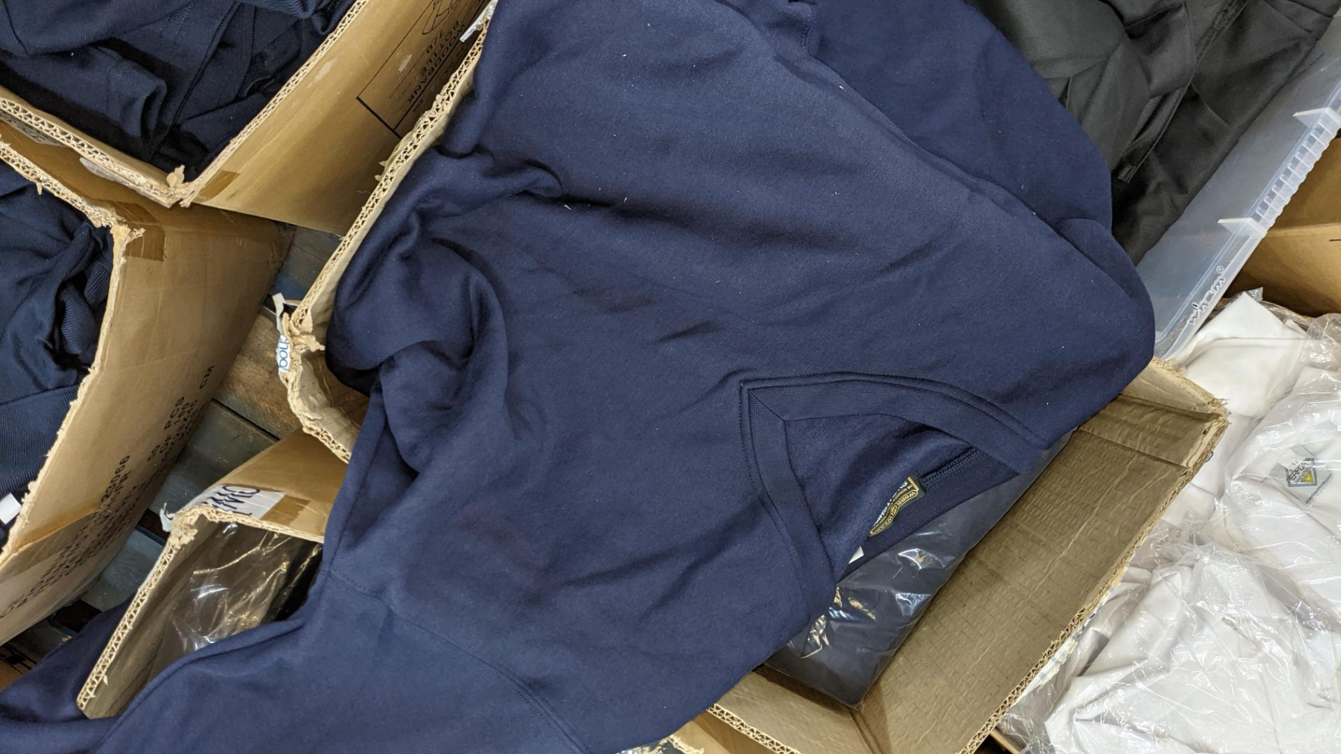 Approx 20 off blue sweatshirts - 1 large box - Image 4 of 5