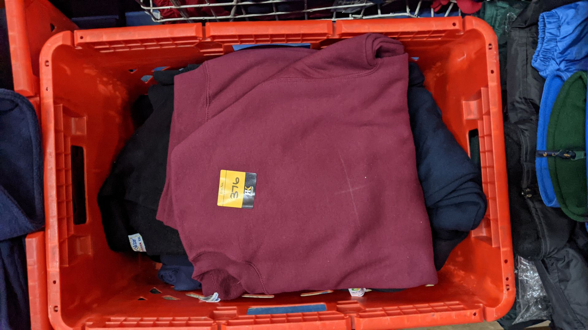 Approx 10 off assorted sweatshirts - Image 4 of 6
