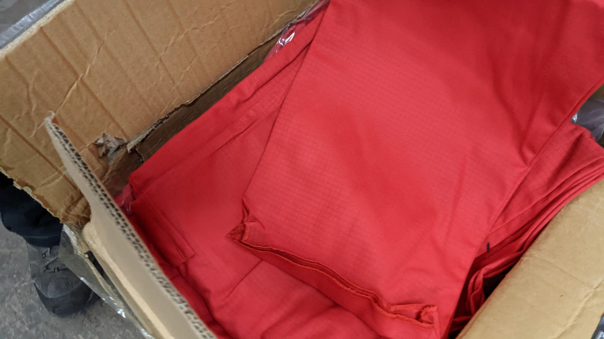 Approx 34 pairs of red trousers - Image 6 of 6