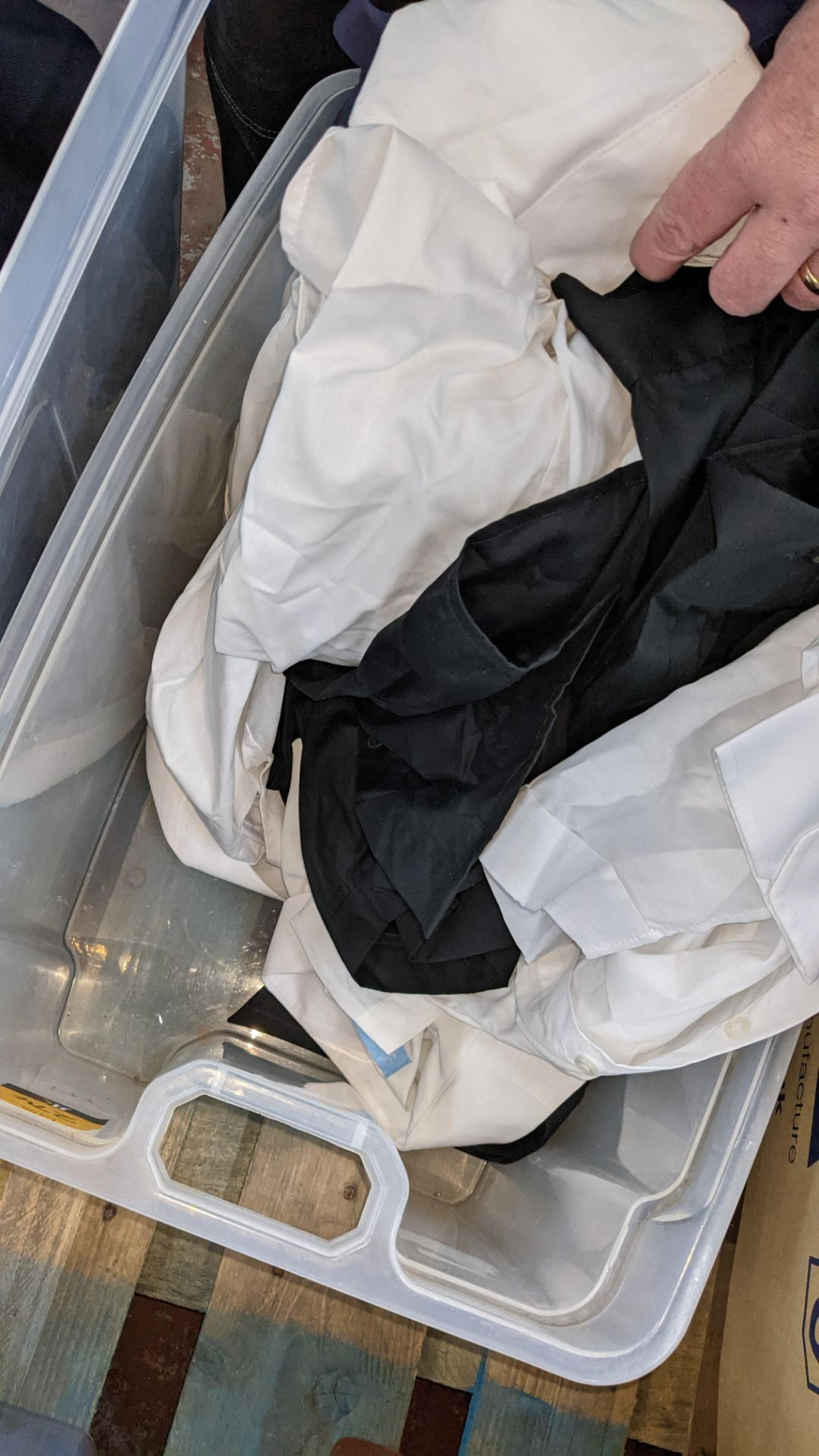 The contents of a crate of shirts. NB crate excluded - Image 6 of 6