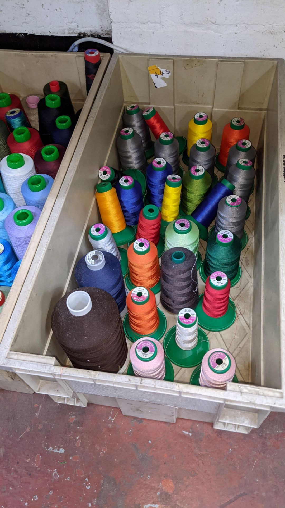 The contents of 4 large crates of assorted thread - Image 6 of 6