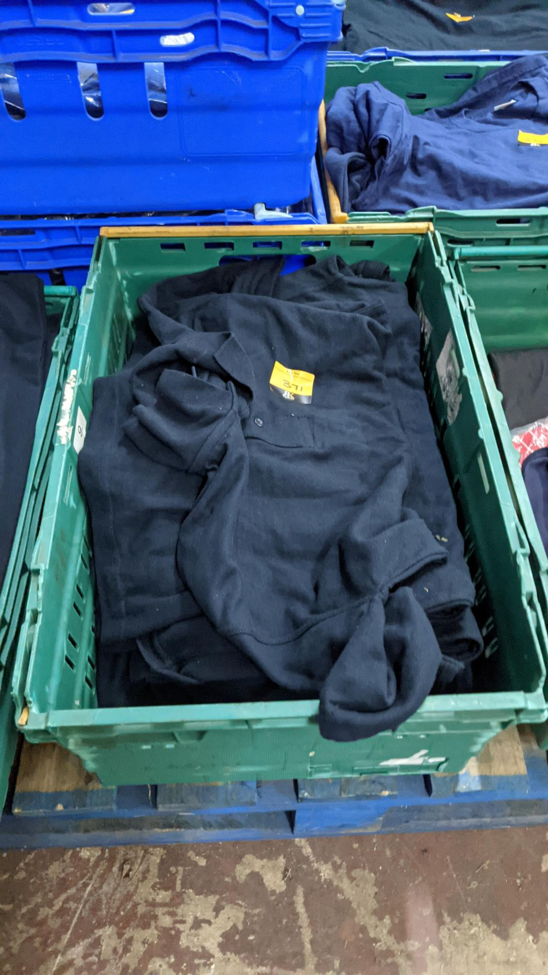 Approx 20 off Uneek navy polo shirts - Image 2 of 4