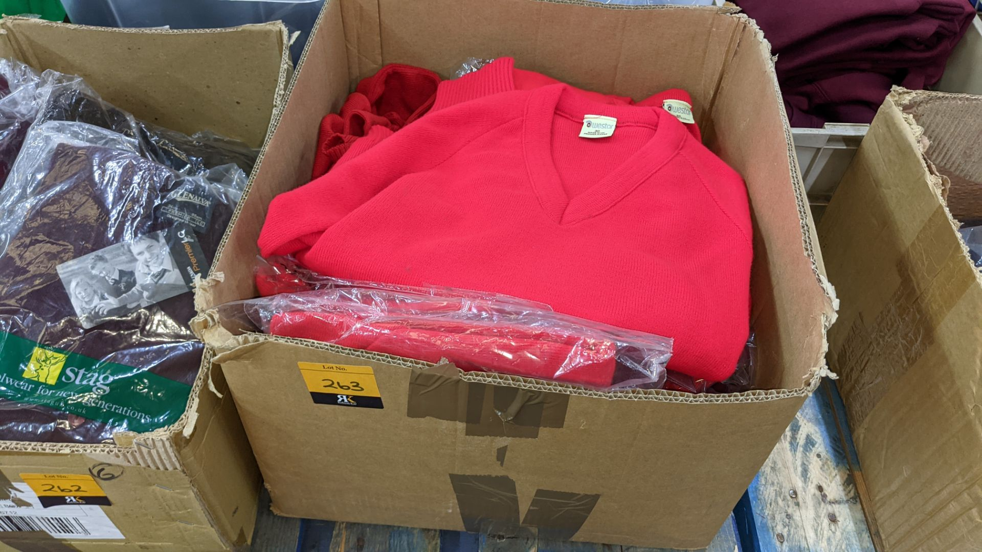 Approx 17 off children's red knitted tops - the contents of 1 box - Image 2 of 4
