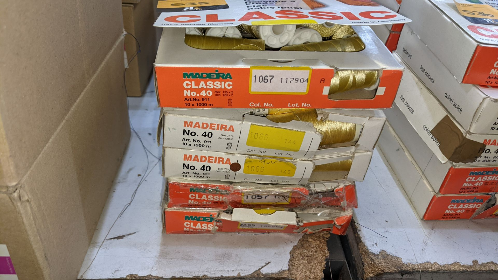 25 boxes of Madeira Classic No. 40 rayon embroidery thread - Image 3 of 11