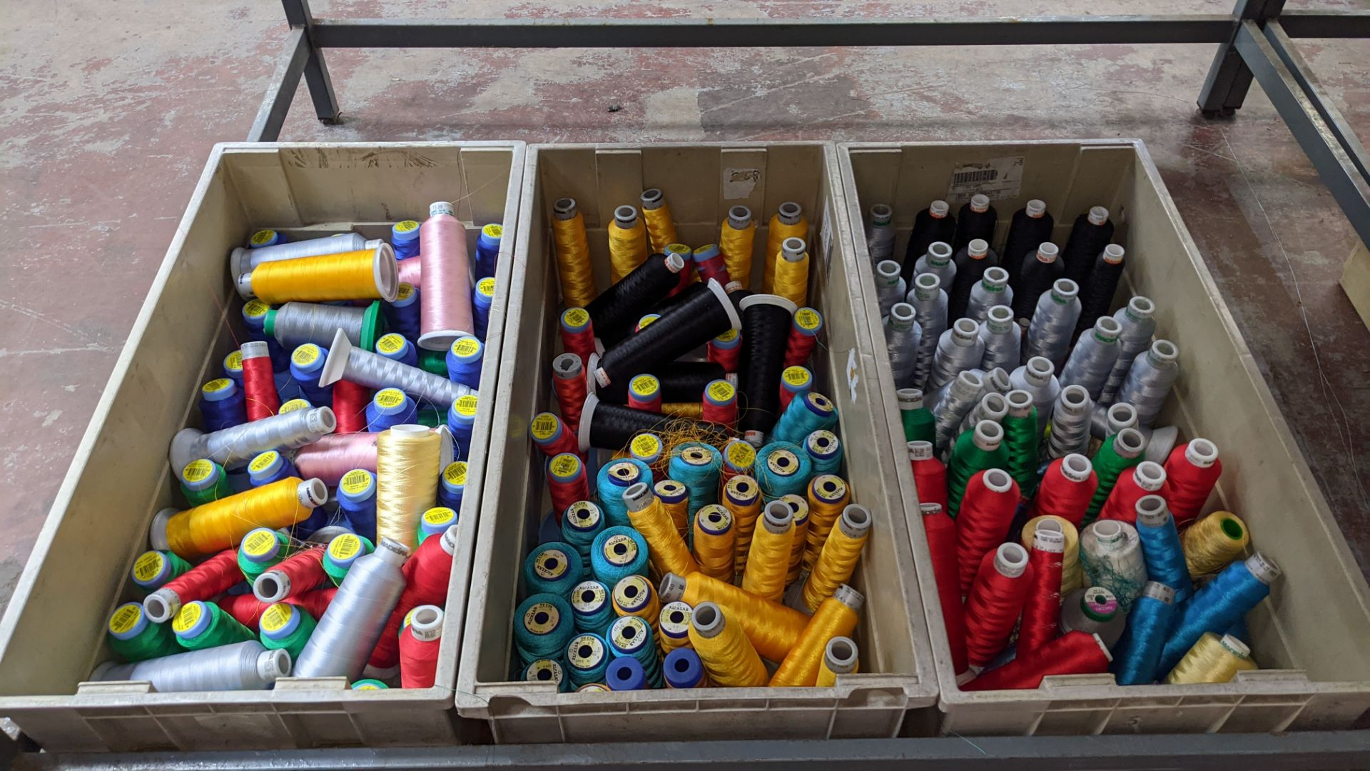 The contents of 3 large crates of assorted embroidery thread - Image 2 of 5