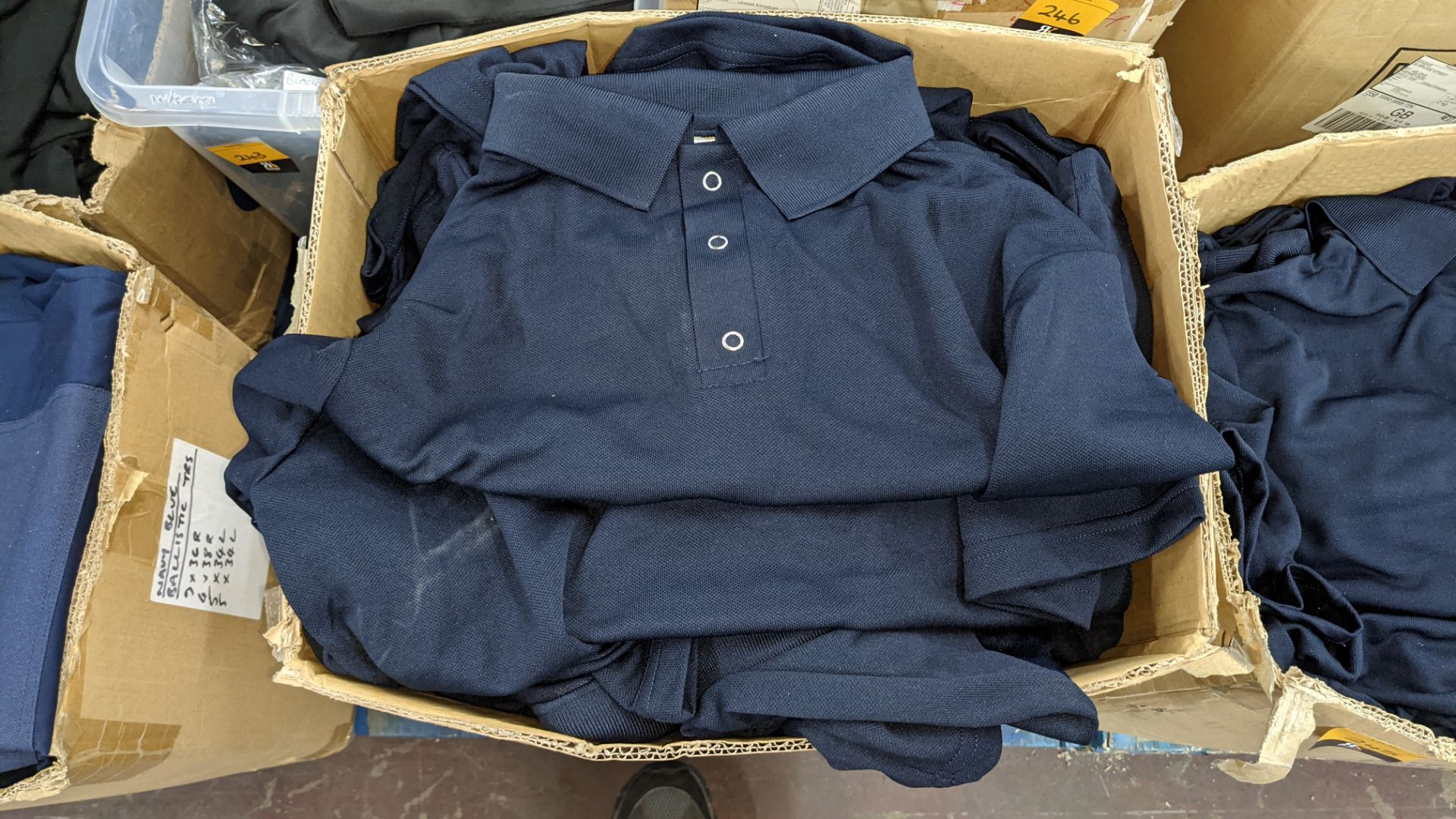 Large quantity of blue polo shirts - 1 box - Image 3 of 4