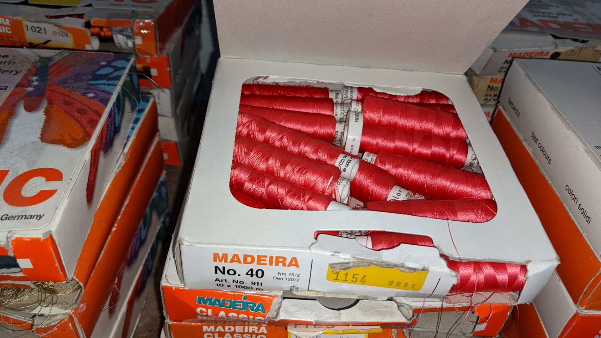 15 assorted boxes of Madeira Classic No. 40 embroidery rayon thread - Image 7 of 8