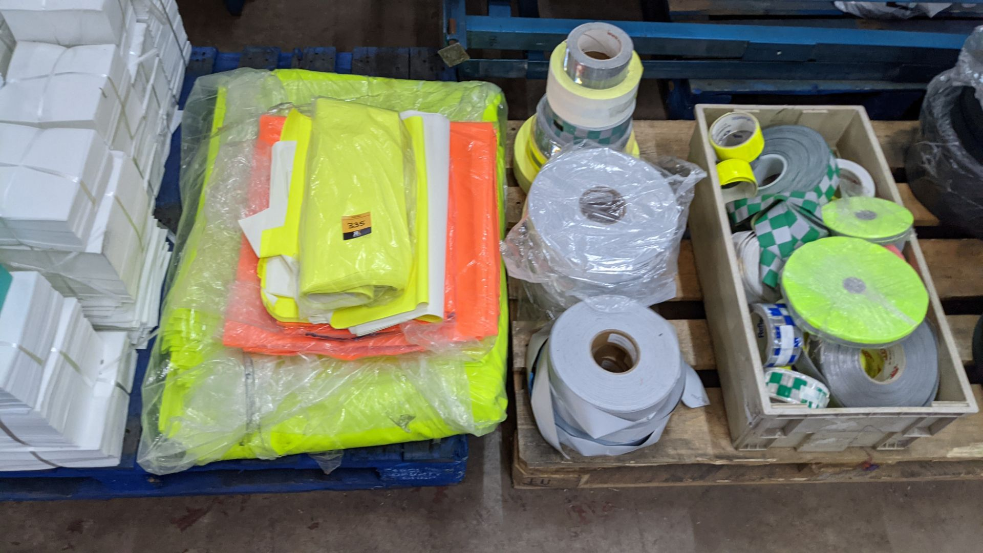 Quantity of hi-vis & reflective fabric & trim comprising 1 stack of fabric, 1 row of reels & the con - Image 5 of 9