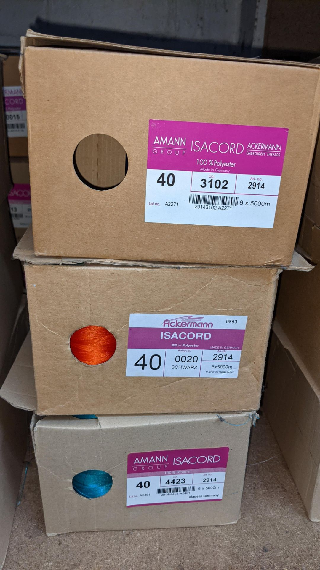 6 boxes of Ackermann & Amann Group Isacord polyester No. 40 embroidery thread - Image 3 of 6