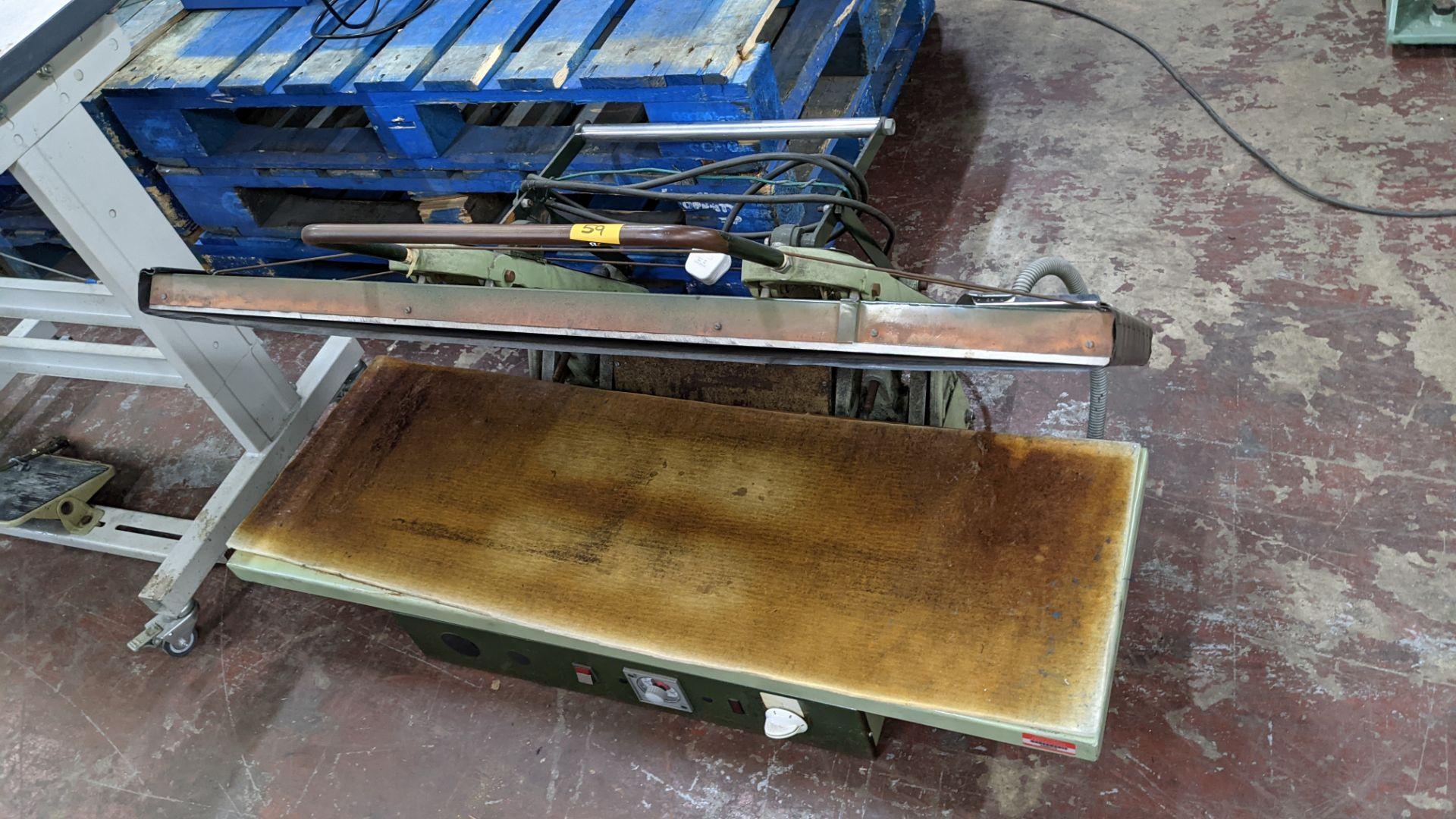 BW large benchtop heat press