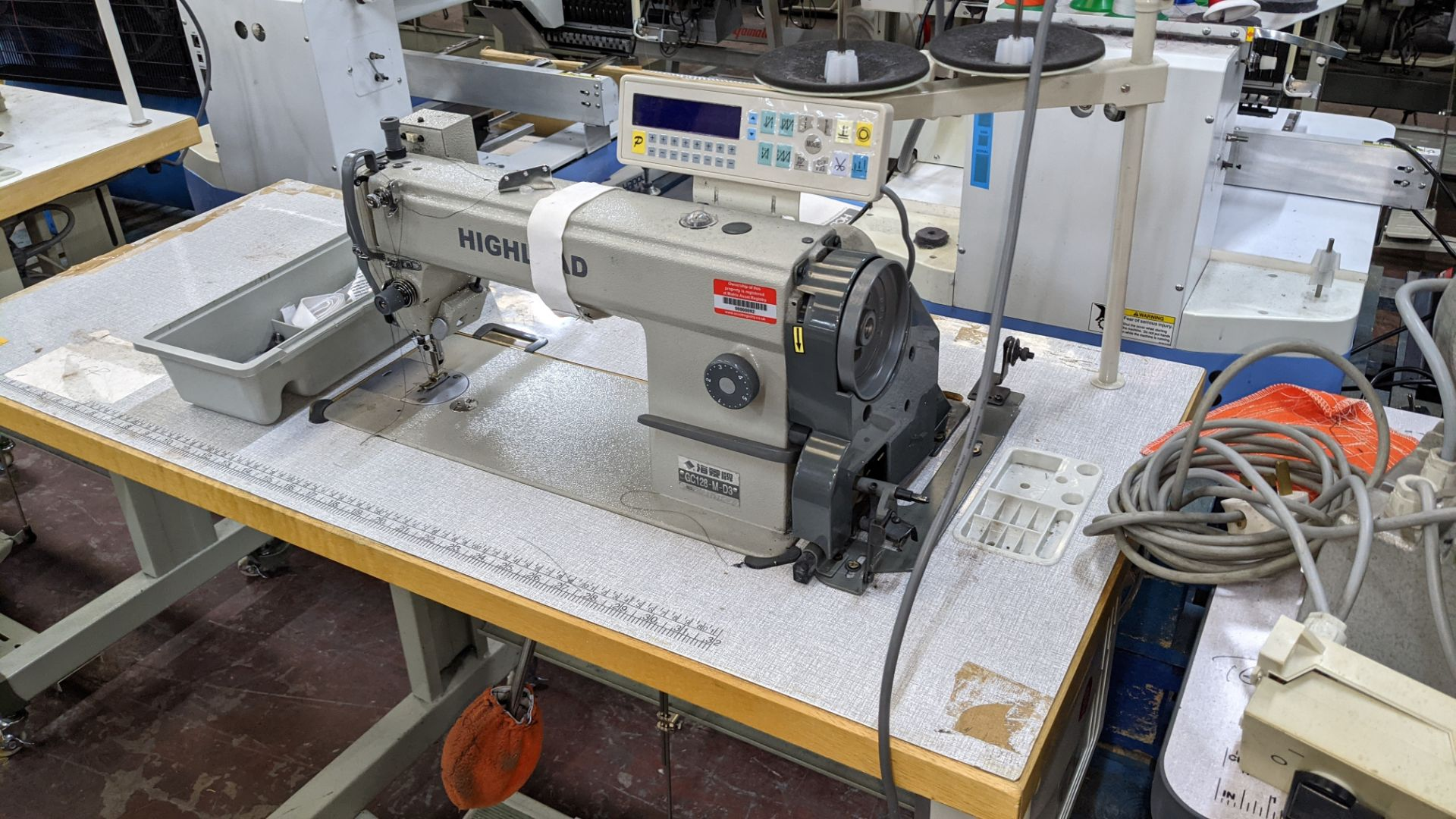 Highlead model GC128-M-D3 sewing machine - Image 3 of 18