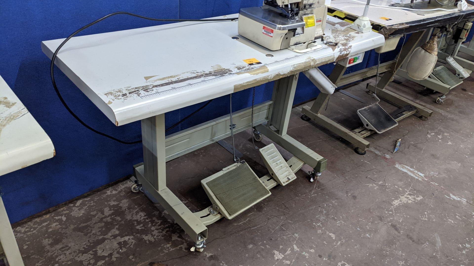 Yingon 788 series overlocker model YG788-4-13 - Image 11 of 16