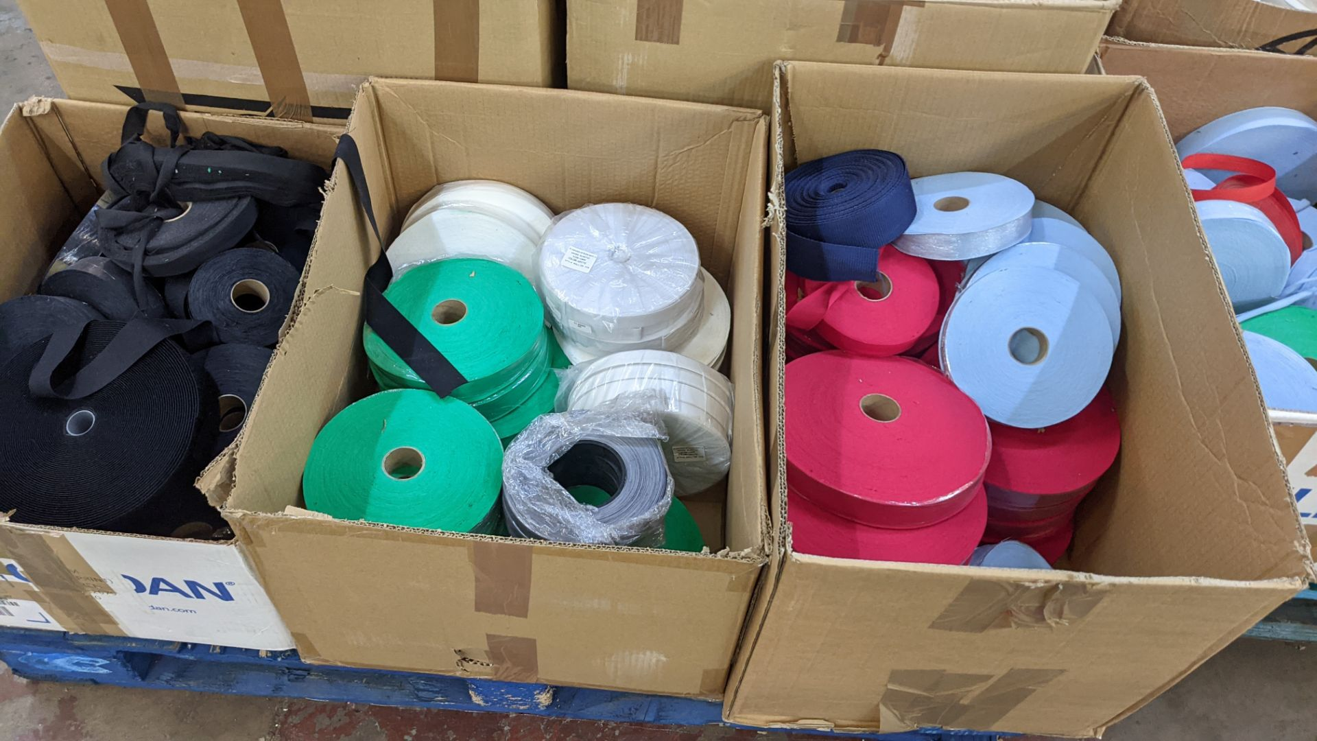 9 assorted boxes of tape, zips & other materials - Image 10 of 11