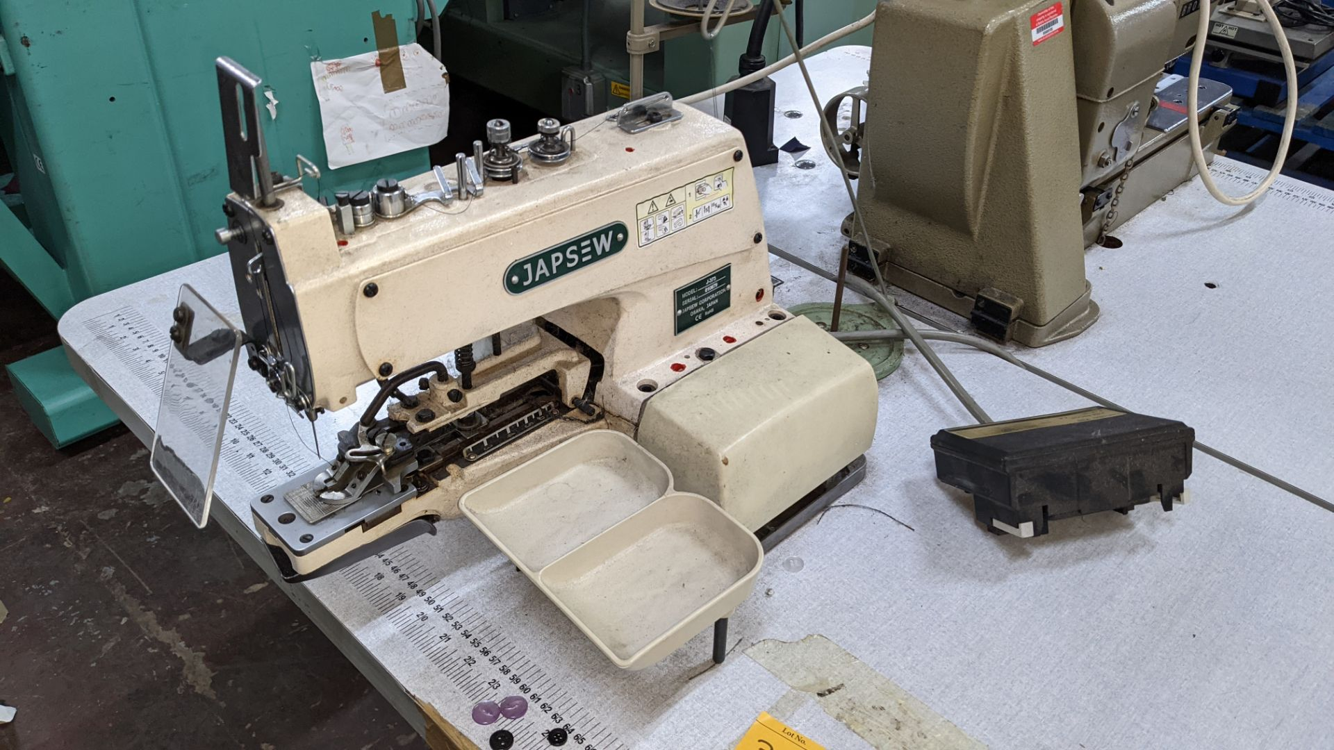 Japsew model J-373 button sewer - Image 4 of 15