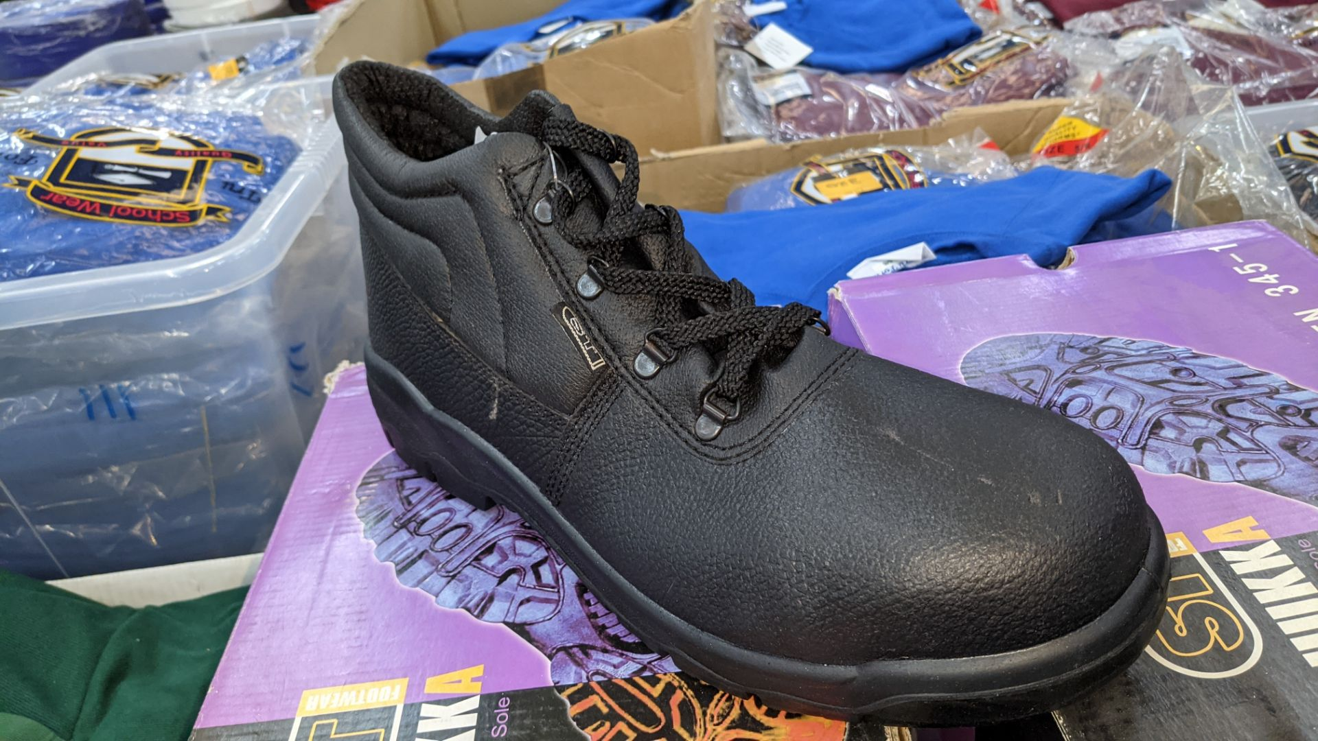 6 pairs of Chukka protective work boots - Image 3 of 6