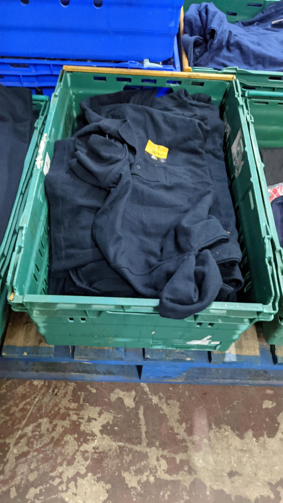 Approx 20 off Uneek navy polo shirts