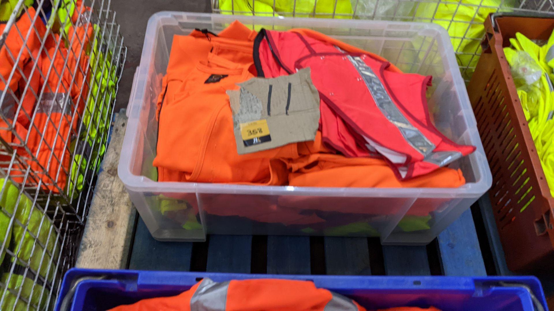 11 off assorted hi-vis garments - Image 2 of 4