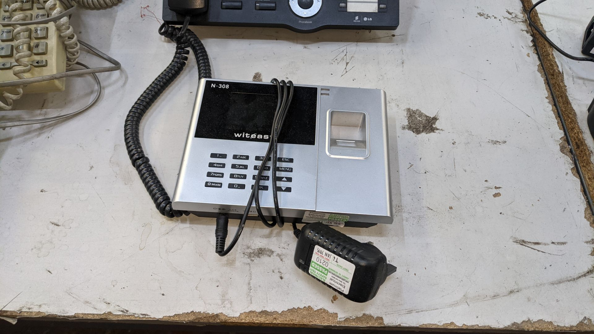 The contents of a table of telephone equipment comprising DECT cordless handsets & office phones - Image 6 of 8
