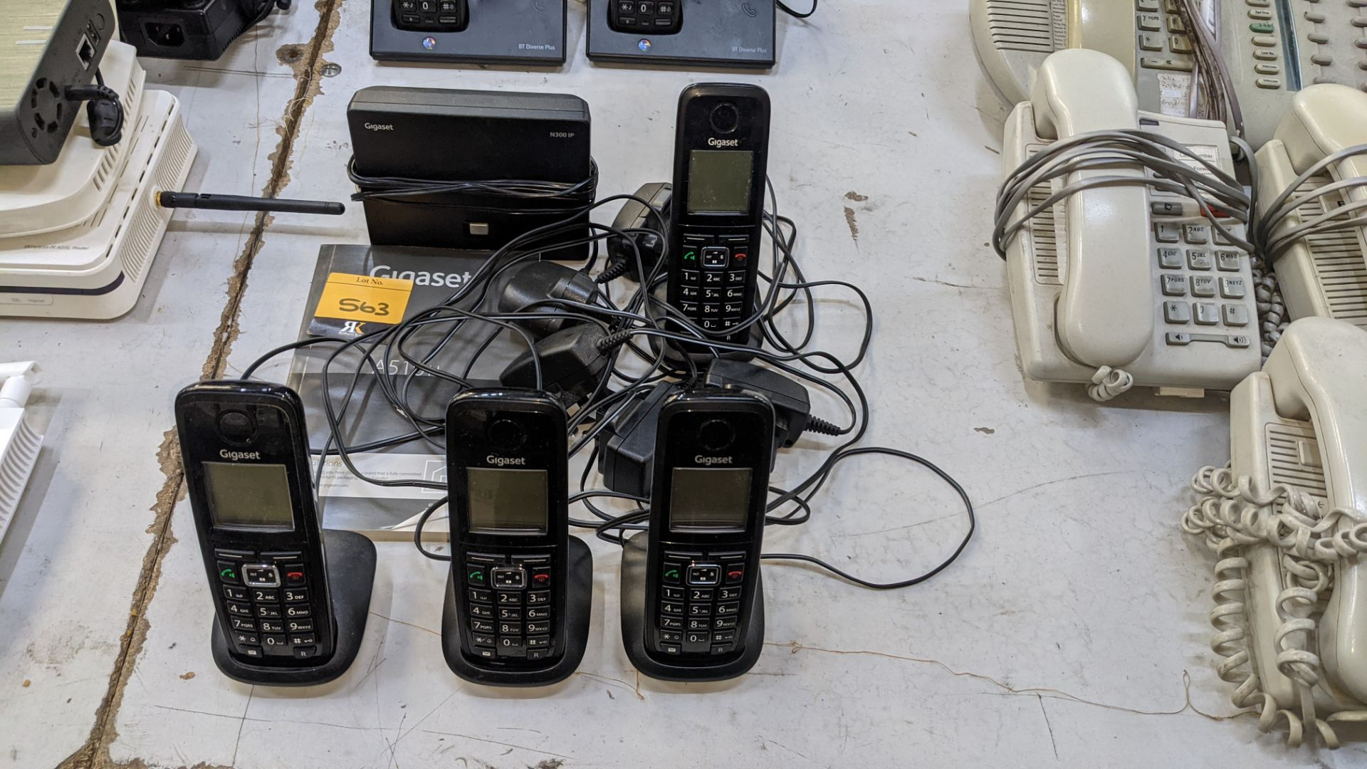 The contents of a table of telephone equipment comprising DECT cordless handsets & office phones - Image 3 of 8