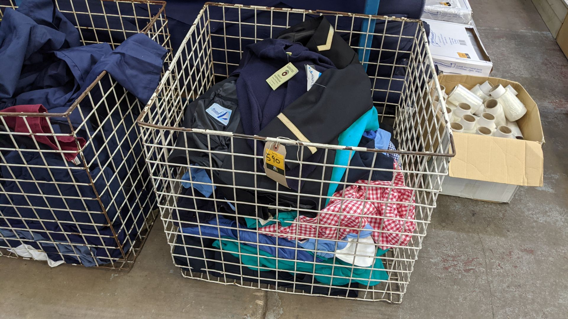 The contents of a cage of children's clothing, sweatshirts, t-shirts & more - Image 2 of 7