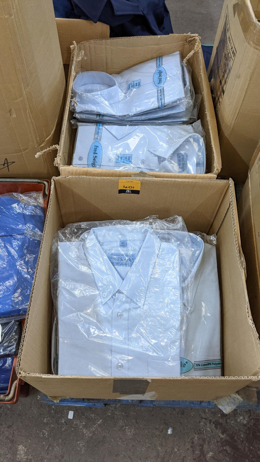 Quantity of Fred Seigle pale blue button down shirts (2 boxes)