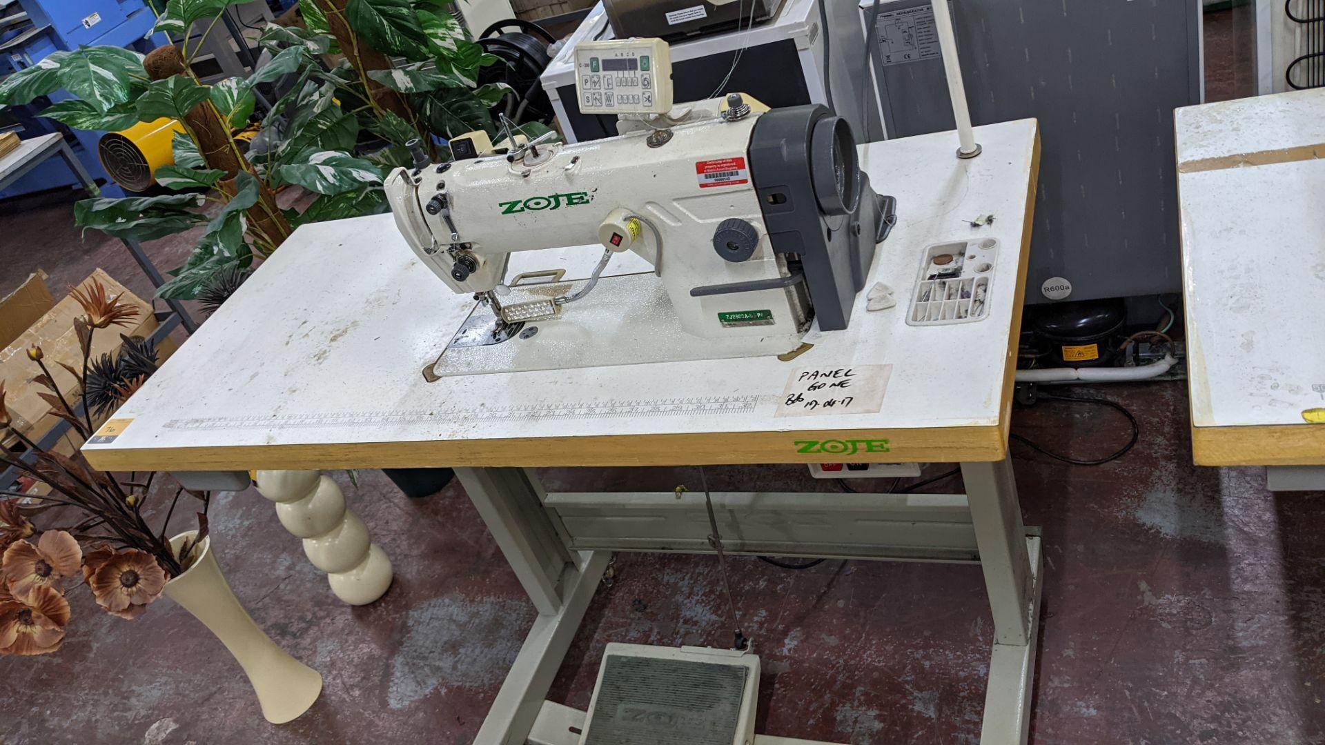 Zoje model ZJ8800A-D3/PF sewing machine with model C-200 digital controller