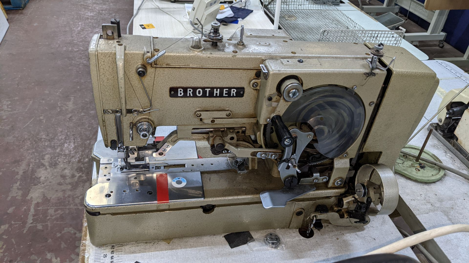 Brother button holer model LH4-B814-2 - Image 6 of 16