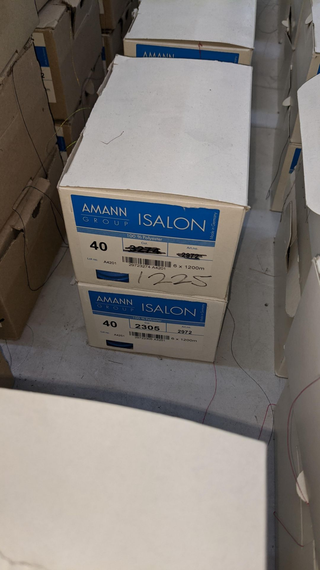 13 boxes of Amann Group ISALON 40 polyester embroidery thread - Image 4 of 10