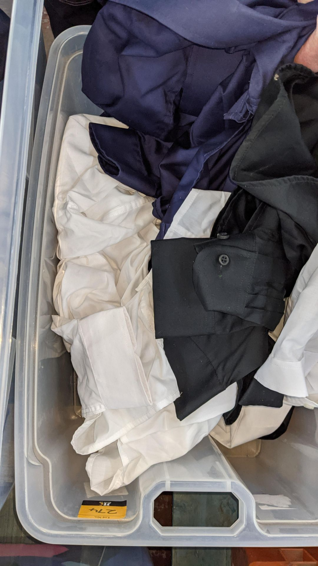 The contents of a crate of shirts. NB crate excluded - Image 5 of 6
