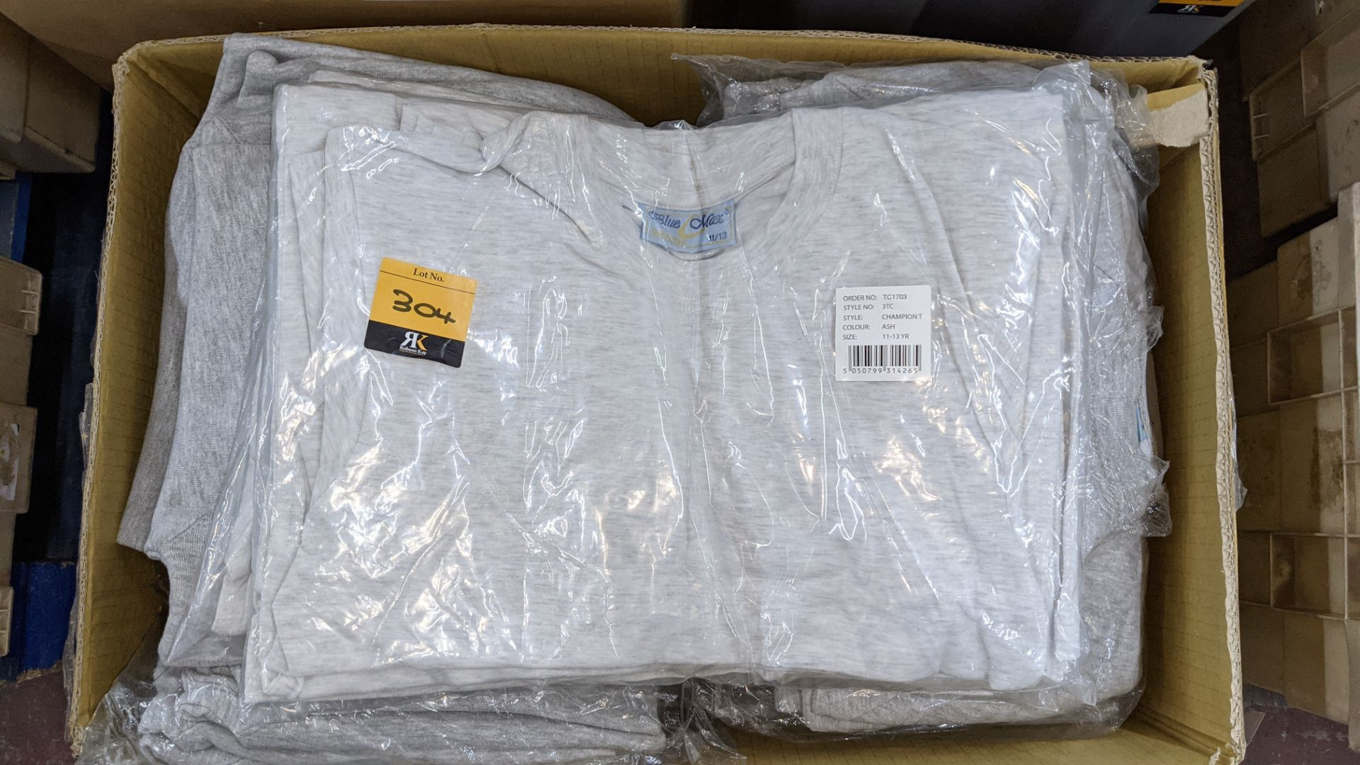 Mixed quantity of children's jumpers & t-shirts - 1 box - Image 3 of 4