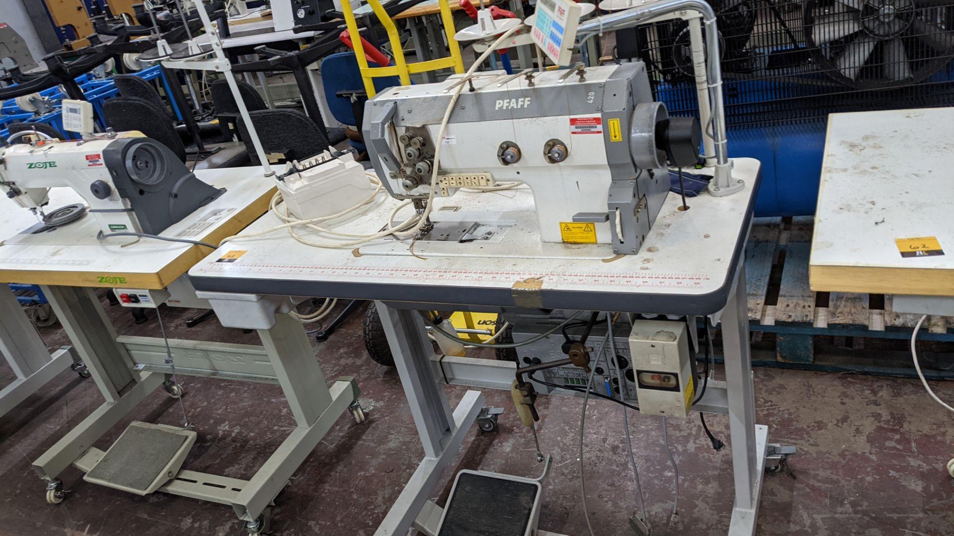 Pfaff twin needle sewing machine, model 422