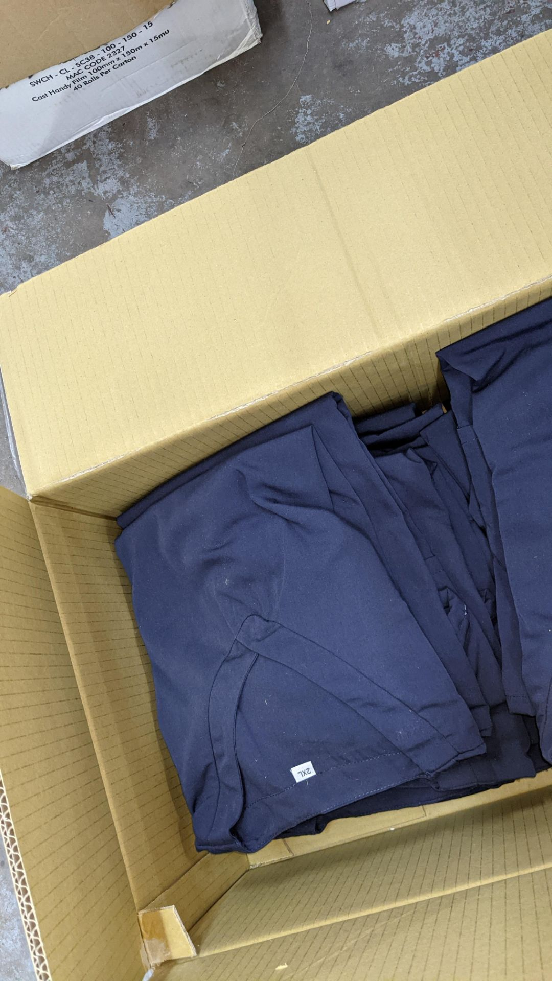 Approx 48 off navy V neck t-shirts - the contents of 2 boxes - Image 7 of 7